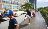 Manhattan High Line Elevates Walking Experience, Inspires Other Cities
