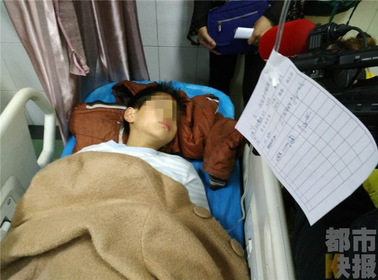 Chinese Woman Starved to Death in Elevator, Residents Horrified