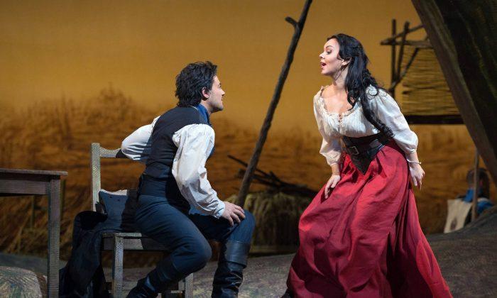 Vittorio Grigolo as Nemorino and Aleksandra Kurzak as Adina in Donizetti's L'Elisir d'Amore. (Marty Sohl/Metropolitan Opera)