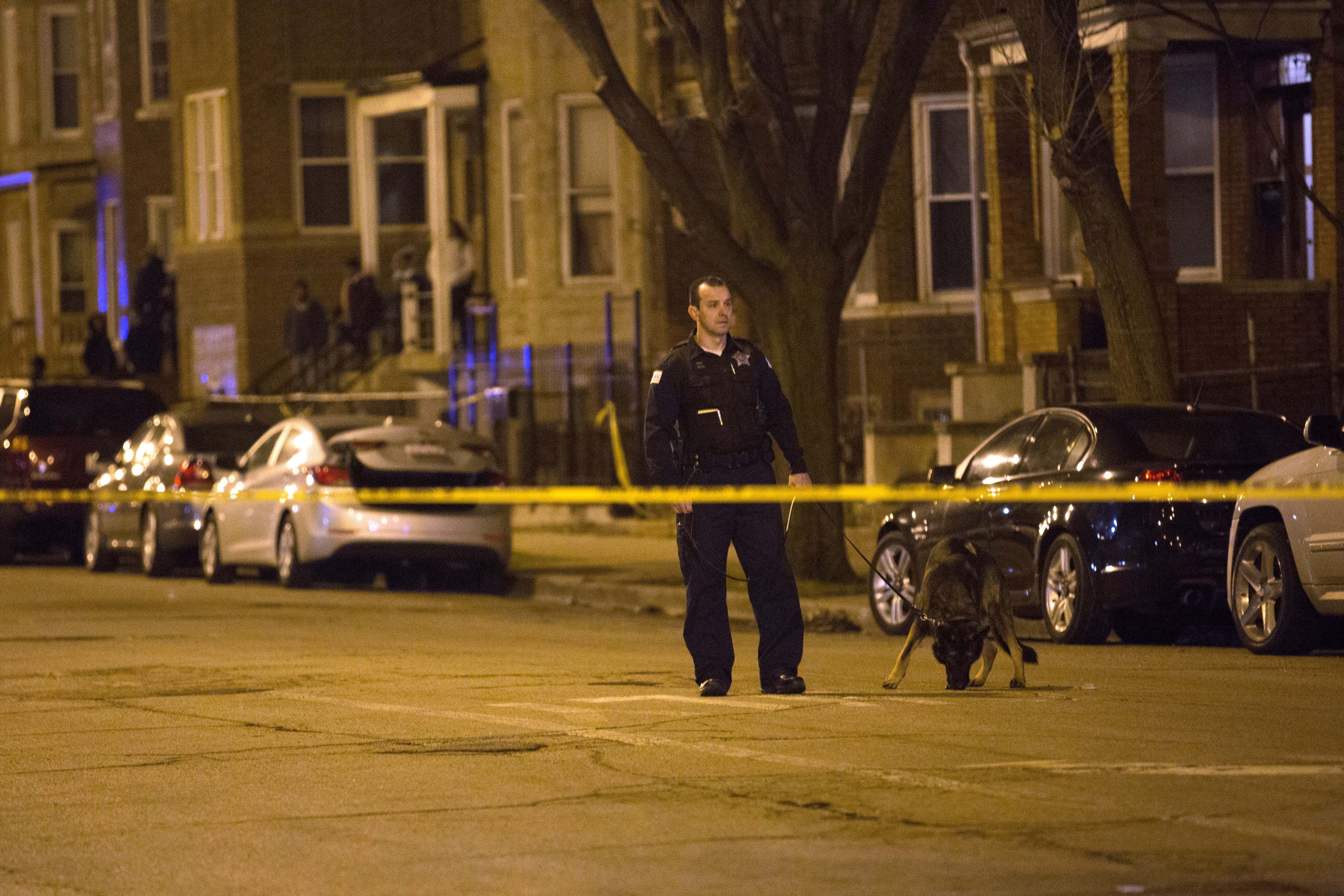 Chicago Shootings: 9 Dead, 43 Wounded in Weekend Violence