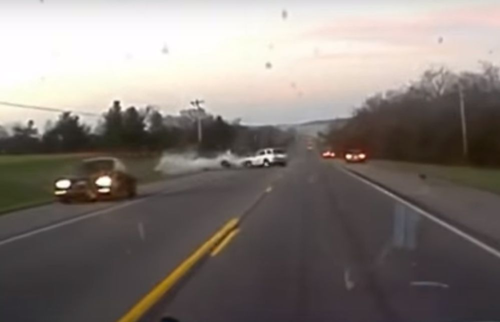 Driver Does Doughnuts On Rainy Street During Los Angeles Police Chase