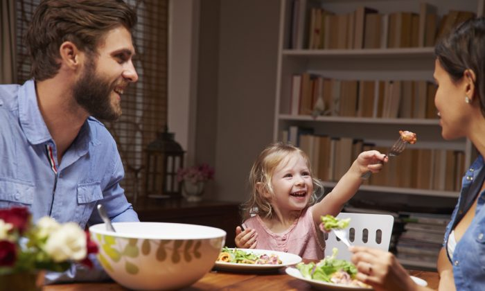 Children can be especially picky eaters, but that doesn't mean you should give up on feeding them healthier food. (monkeybusinessimages/iStock)