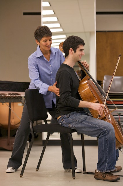 Lori Schiff in an Alexander Technique session at the Julliard School. (Courtesy of Lori Schiff)