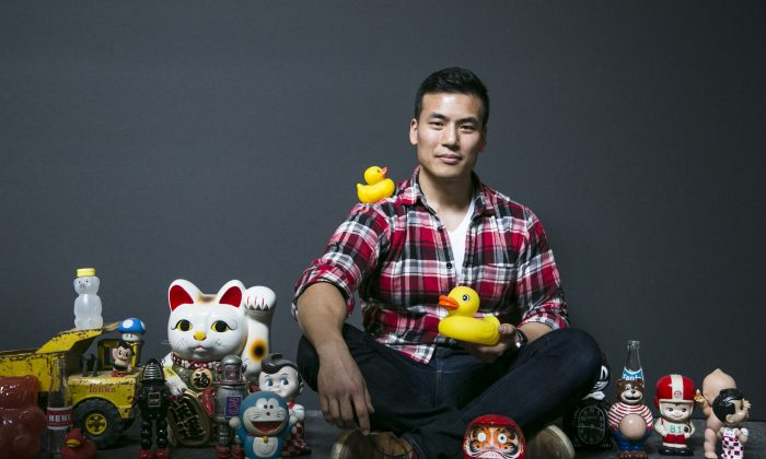 Artist Samuel Hung at his studio space at Grand Central Atelier in Long Island City, New York, on March 16, 2016. (Samira Bouaou/Epoch Times)