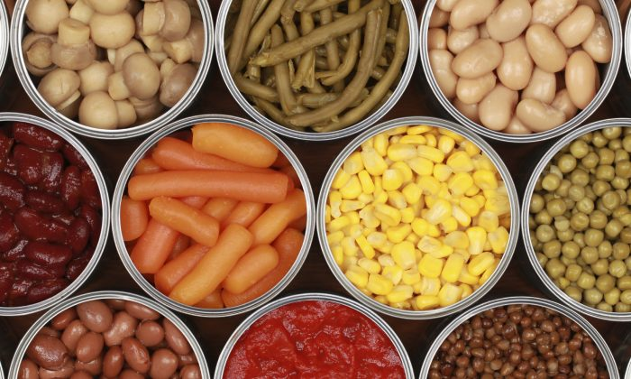 Despite the health risks associated with BPA, many food cans still contain this chemical. (Boarding1Now/iStock)