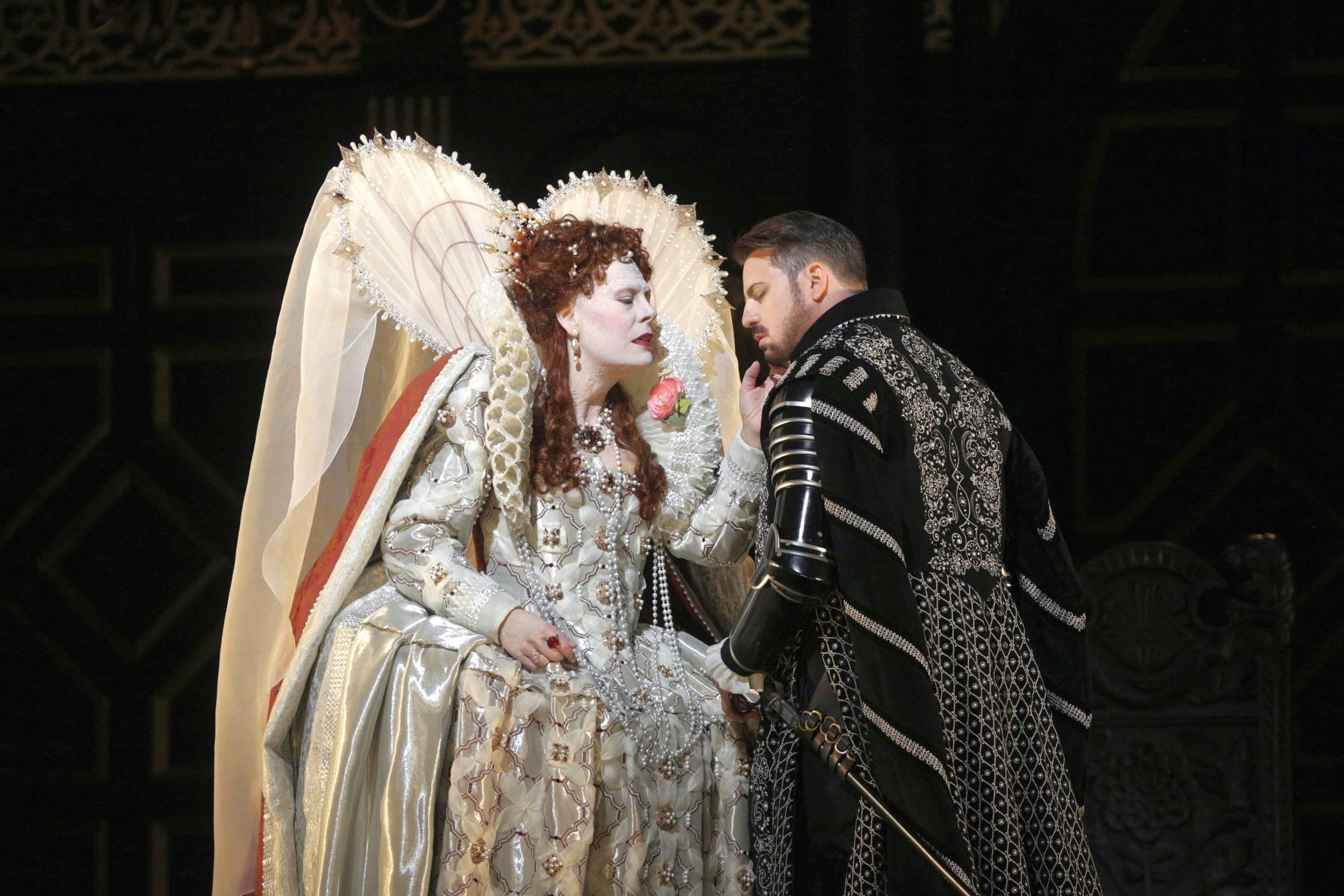 Domingo Still Dominates the Stage in 'Simon Boccanegra'