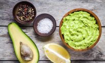 9 Evidence-Based Health Benefits of Avocado Oil