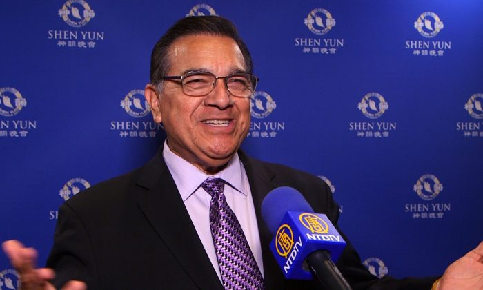 Dr. Jesse Mireles after enjoying Shen Yun Performing Arts at the Orpheum Theater in Phoenix on the evening of April 5th, 2016. (NTD Television)