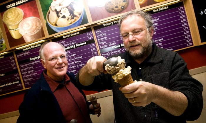 American ice cream makers Ben Cohen (L) en Jerry Greenfield, founders of the brand, Ben & Jerry's give out ice creams for free in their shop in the centre of Amsterdam, The Netherlands on Monday February 22, 2010.  AFP PHOTO/ANP/ADE JOHNSON  ***netherlands out - belgium out*** (Photo credit should read ADE JOHNSON/AFP/Getty Images)