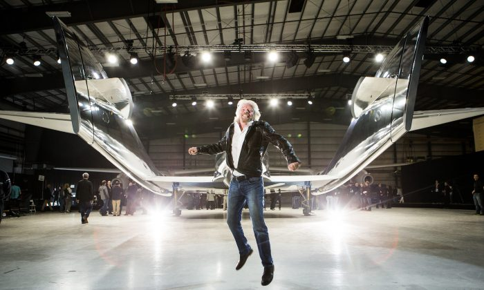 Virgin Galactic founder Richard Branson at the unveiling of his company's new spacecraft, VSS Unity, in Mojave, California, Feb.19, 2016. (2014JPVISUAL)