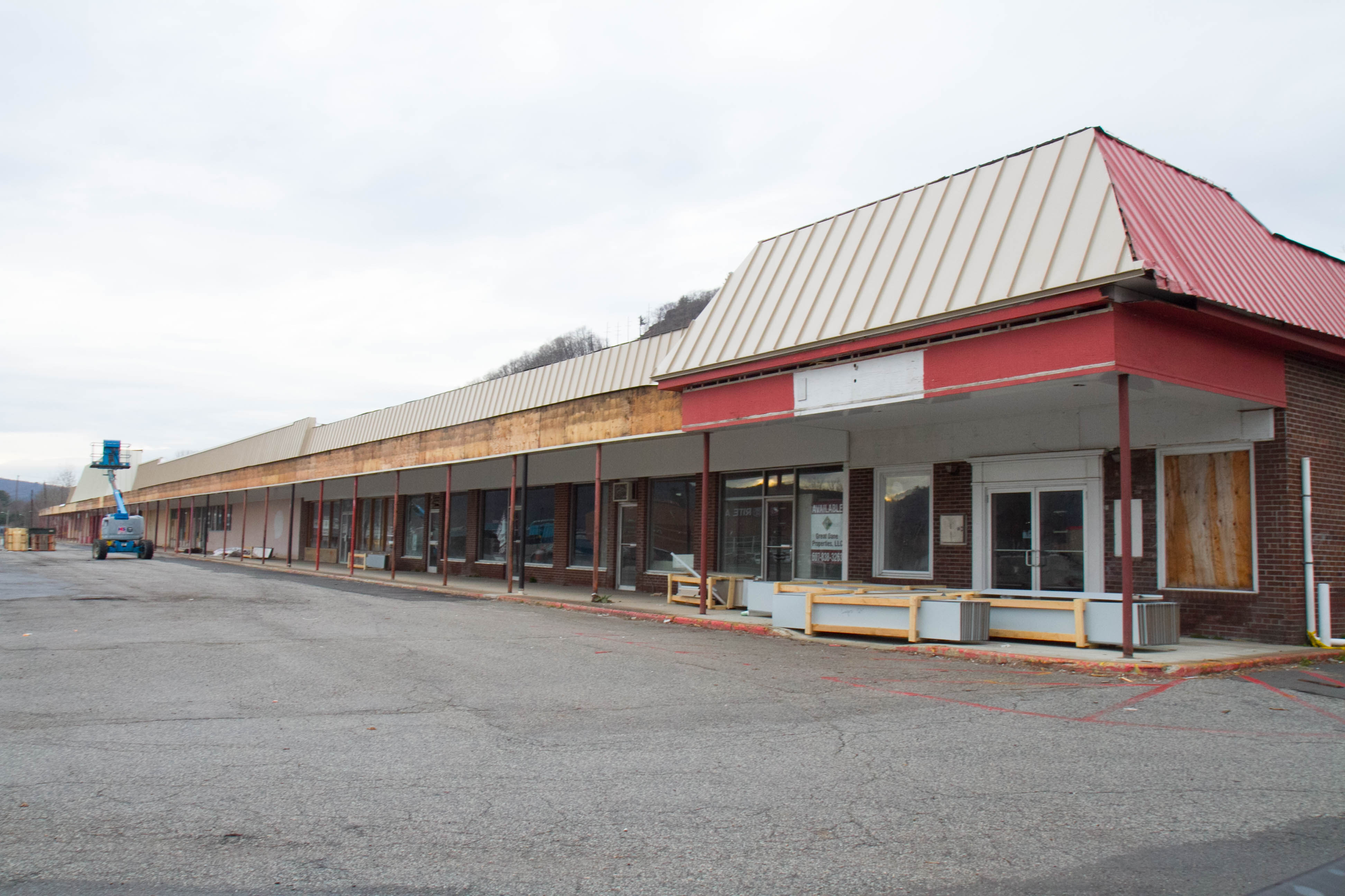 Port Jervis' Pike Plaza Owner Still Looking for Tenants