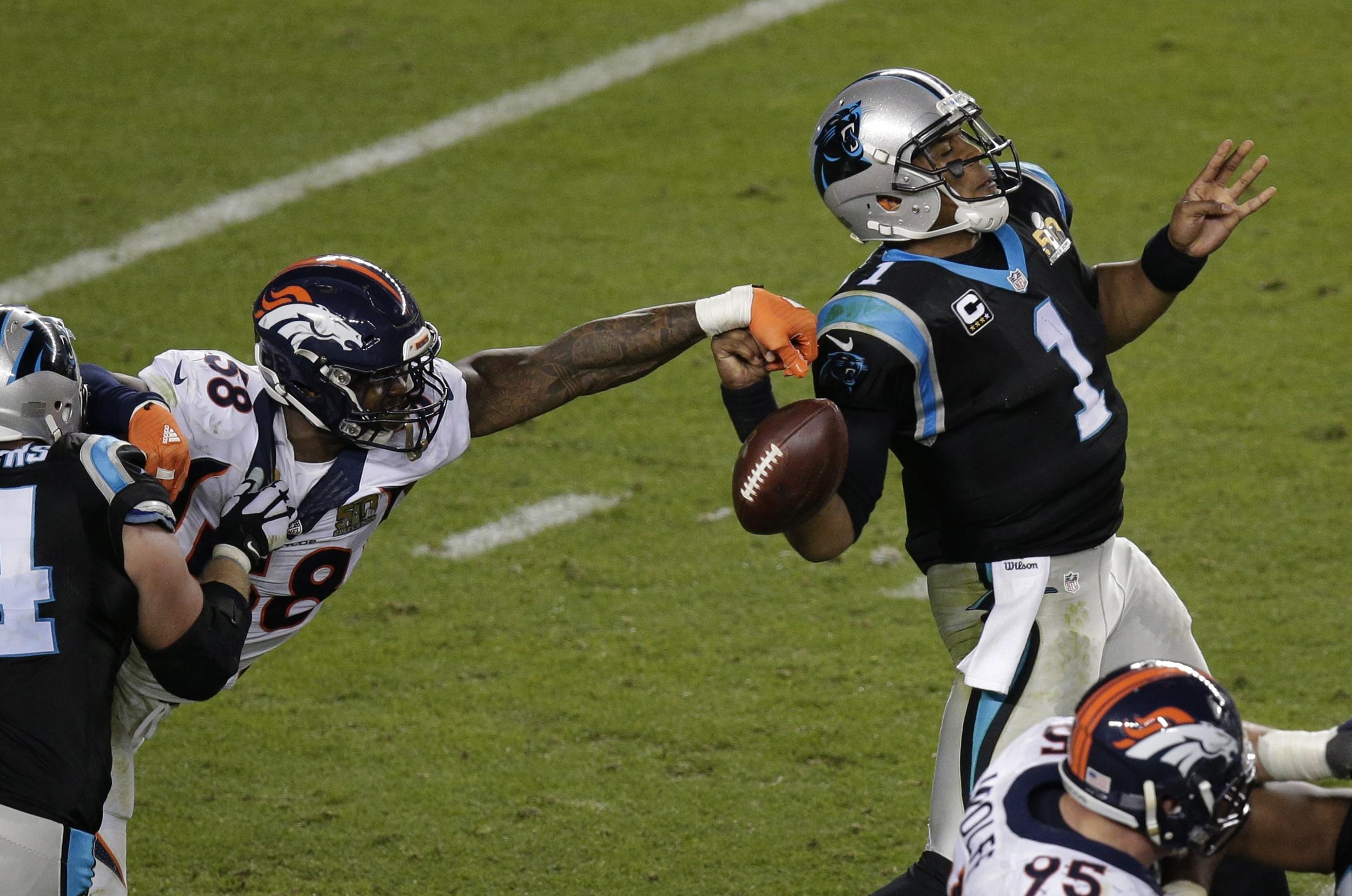 Von Miller Broncos Linebacker Edits Himself Into Picture of