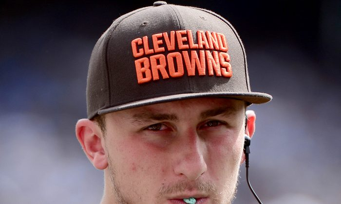 Quarterback Johnny Manziel in San Diego, California, on Oct. 4, 2015. (Donald Miralle/Getty Images)