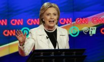 Julia Louis-Dreyfus Talks Hillary Clinton, Donald Trump and 'Veep'