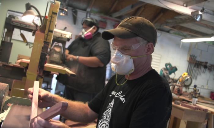 An employee at Sun Cedar (Sun Cedar/YouTube)