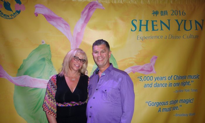 Lori Applebaum and Michael Attanasio were thrilled with the Shen Yun Performing Arts show they attended at the Sony Centre in Toronto on April 21, 2016. (Dongyu Teng/Epoch Times)