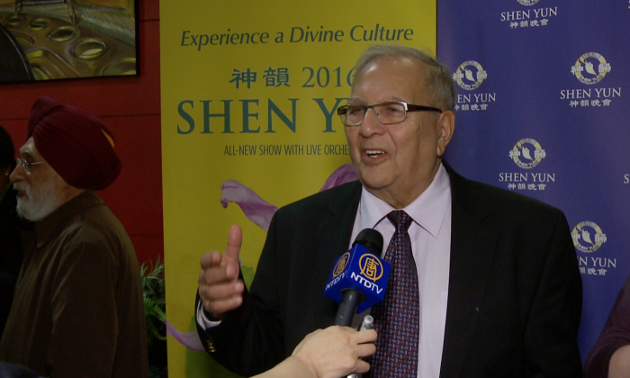 Joe Abraham gives his impressions after seeing Shen Yun Performing Arts at the Living Arts Centre in Mississauga on April 27, 2016. (Dongyu Teng/Epoch Times)