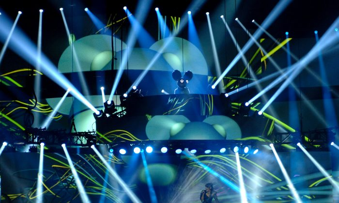 Deadmau5 with Colleen D'Agostino performs at the 2015 JUNO Awards at FirstOntario Centre on March 15, 2015 in Hamilton, Canada. Deadmau5 will perform at the Spring Awakening Festival in June 2016. (Photo by Sonia Recchia/Getty Images)