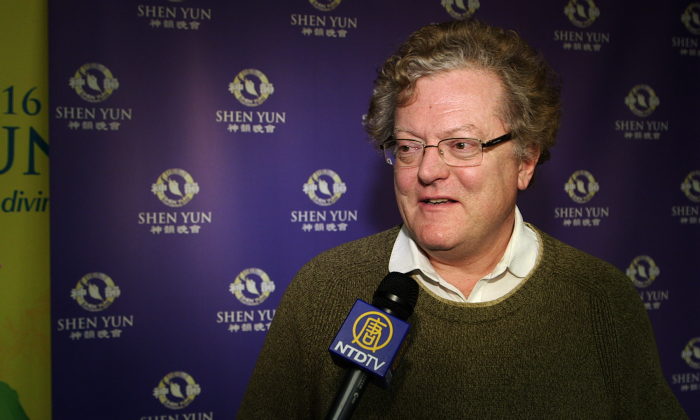 Architect Patrick Mallard talks about his experience seeing Shen Yun at Place des Arts in Montreal on April 30, 2016. (NTD Television)