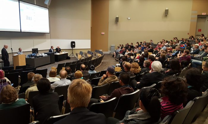 """Speakers and audience members engage in a panel discussion following the screening of """"Human Harvest"""" at the University of Alberta on April 28, 2016. (Shar Chen/Epoch Times)"""
