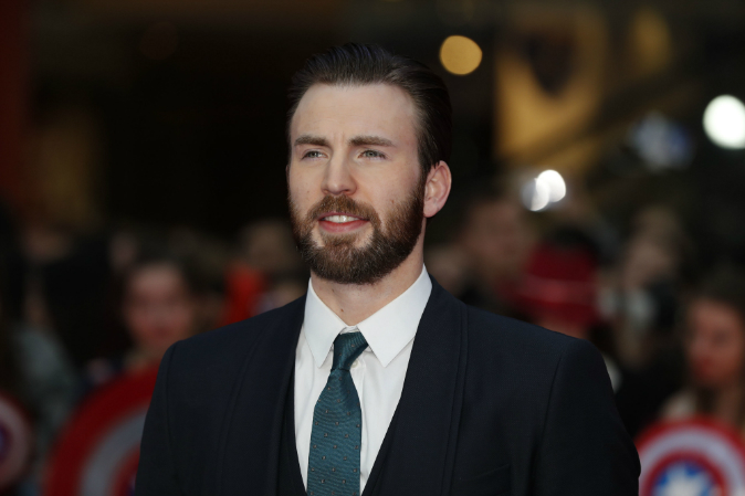Captain America's Chris Evans Is Now Dating His 'Gifted' Co-Star Jenny Slate