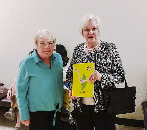Jeanie Willis and her friend, Katherine Broekhuysen, were impressed with Shen Yun's dancing and the lyrics of a bel canto soloist's song. (Cat Rooney/Epoch Times)