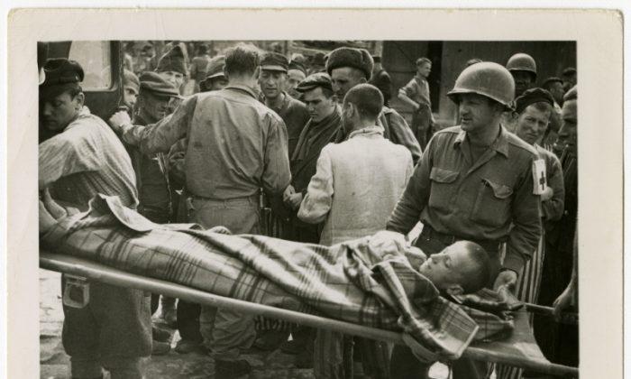 U.S. Army medics help evacuate ill and starving survivors. Buchenwald, Germany, April 1, 1945. (Peter M. Schmit/U.S. Holocaust Memorial Museum)
