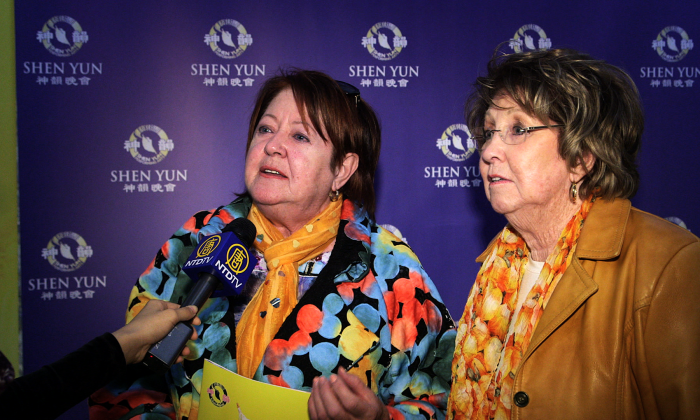 Sisters Louise-Marie Poulin and Jacynthe Poulin took in Shen Yun at Grand Théâtre de Québec in Quebec City on May 3, 2016, and were deeply touched by the performance. (NTD Television)