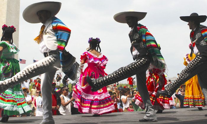 an analysis of the cinco de mayo holiday in mexico Cinco de mayo is a big holiday in mexico cinco de mayo celebrates the victory of the mexican army over the french at the battle of puebla on may 5, 1862 about 4,000 mexicans faced the french army, which was better armed and three times larger - and the mexicans won.
