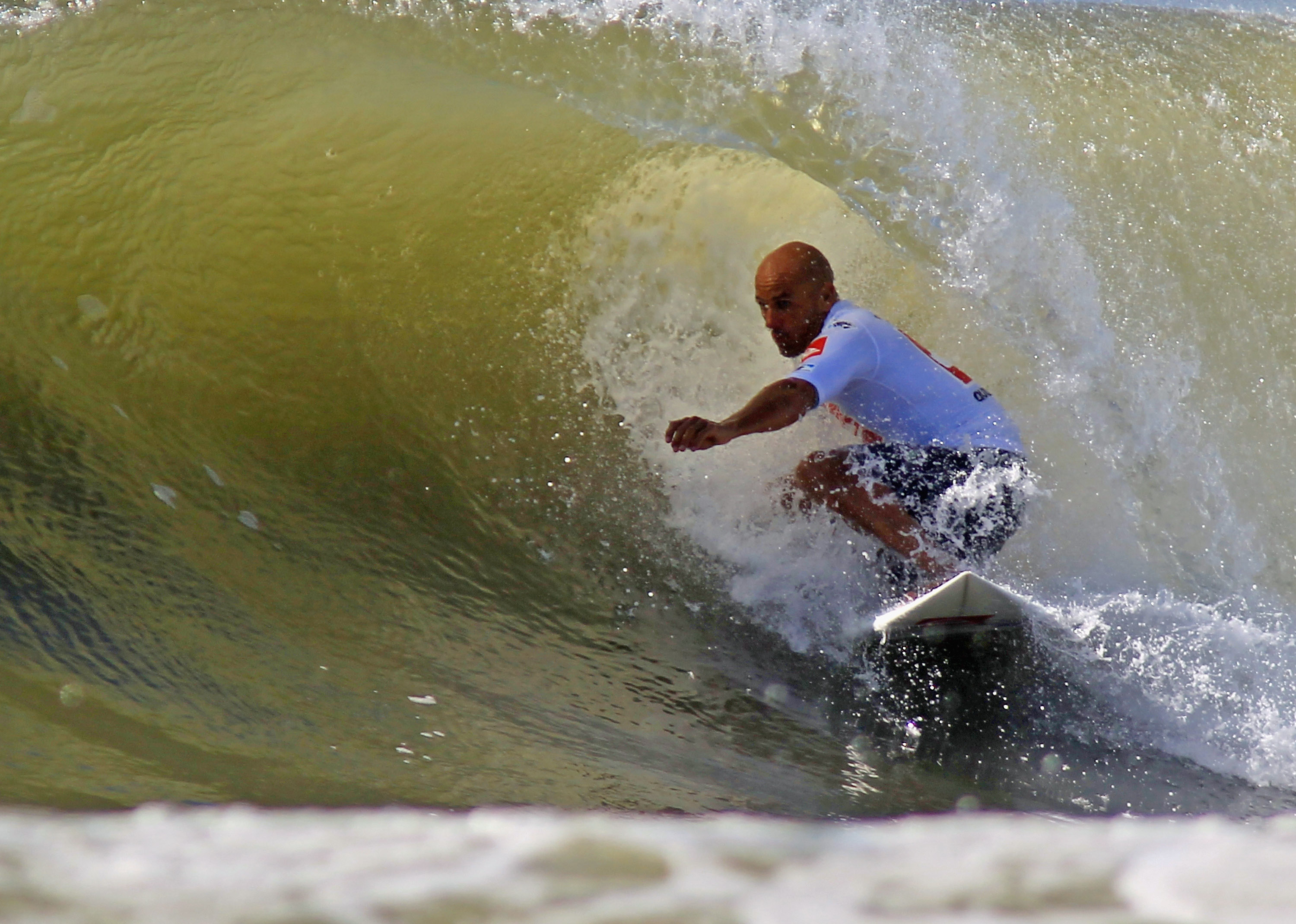 Kelly Slater World Surfing Champion s New Footage of His
