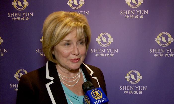 Blair Lancaster, Ward 6 city councilor of the city of Burlington, saw Shen Yun Performing Arts for the first time at Hamilton Place Theatre on May 11, 2016 and found that it was exactly as wonderful as what others had told her. (NTD Television)