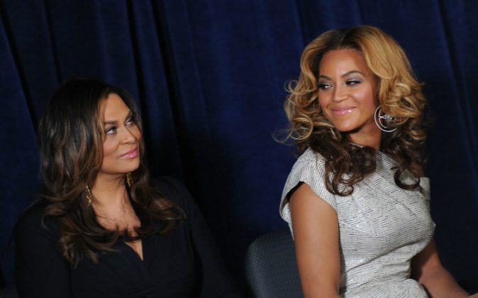 Tina Knowles (L) and Beyonce Knowles attend the unveiling of the Beyoncé Cosmetology Center on March 5, 2010 in New York City. (Photo by Jason Kempin/Getty Images)