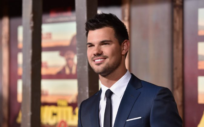 Actor Taylor Lautner attends the premiere of Netflix's 'The Ridiculous 6' at AMC Universal City Walk on November 30, 2015 in Universal City, California. (Alberto E. Rodriguez/Getty Images)