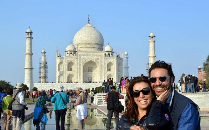 US actress Eva Longoria (L) poses with fiance Jose Antonio Baston at The Taj Mahal in Agra on December 16, 2015. (STRDEL/AFP/Getty Images)