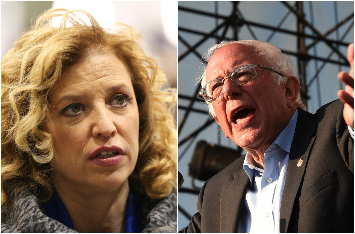 Democrats Consider Replacing Debbie Wasserman Schultz as DNC Chair