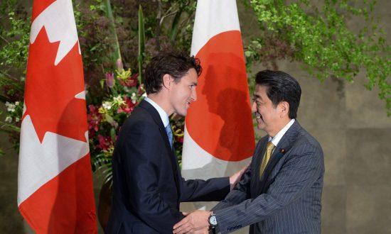 Japan PM Puts Heat on Trudeau over TPP, South China Sea