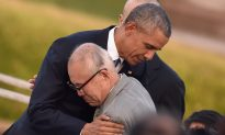 Obama Hugs and Shakes Hands With Hiroshima Survivors During Historic Trip