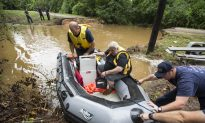 5 Dead, at Least 2 Missing After Floods in Texas, Kansas