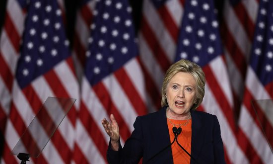 Hillary Hammers Trump on Foreign Policy: 'If Donald Gets His Way, They'll Be Celebrating in the Kremlin'