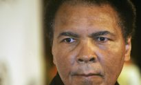 Obama Mourns Death of Mohammad Ali: He Fought For Us