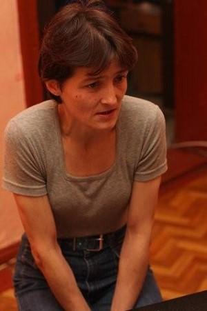 DISTRAUGHT: Iwona Kosowski, who was a close friend of Robert Dziekanski and his mother, recounts her experience following Dziekanski's death. (Jan Jekielek/The Epoch Times)