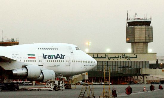 Iran Aviation Official Says Boeing Sale Involves 100 Planes
