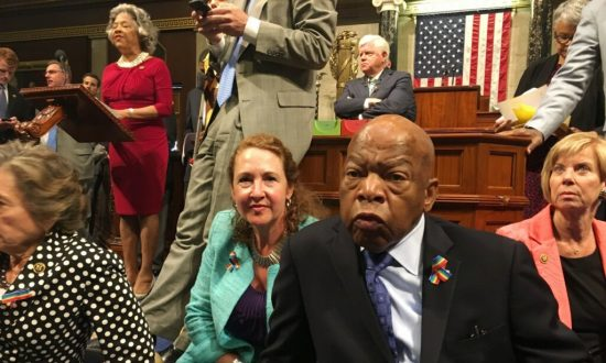 Social Media Boosts Democrats at House Sit-In, but Will It Impact Gun Control?