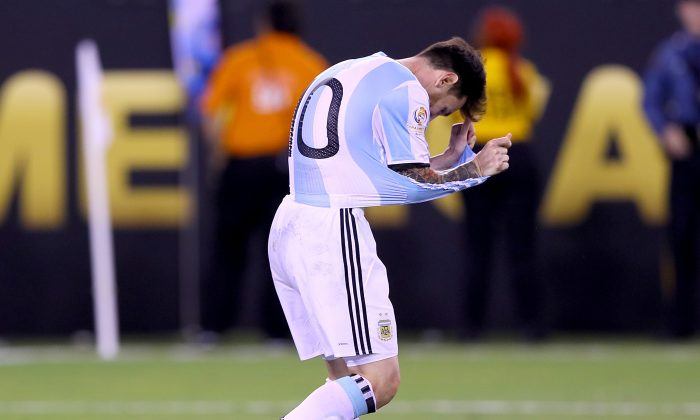 Lionel Messi of Argentina reacts after missing his penalty kick in the shootout against the Chile during the Copa America Centenario Championship match at MetLife Stadium on June 26 in East Rutherford, New Jersey. Chile defeated Argentina 0-0 with the 4-2 win in the shootout. (Elsa/Getty Images)