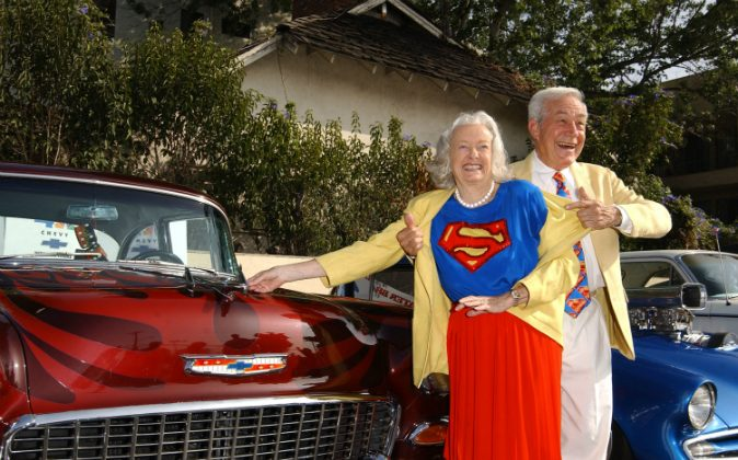 Actress Noel Neill (L) and actor Jack Larson pose for a photograph at the 13th Annual Stater Bros. 'Route 66 Rendezvous' media day at Bob's Big Boy Restaurant on August 30, 2002 in Burbank, California. The annual San Bernardino car show will take place September 19 through 22, 2002. (Robert Mora/Getty Images)