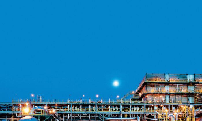SGP Crude Medium Pressure Separator, Tengiz Oil Field, Kazakhstan. (Courtesy of Chevron)
