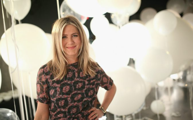 Actress Jennifer Aniston attends smartwater sparkling at W Hollywood in Hollywood, CA., on Feb. 23, 2016  (Mike Windle/Getty Images for smartwater)