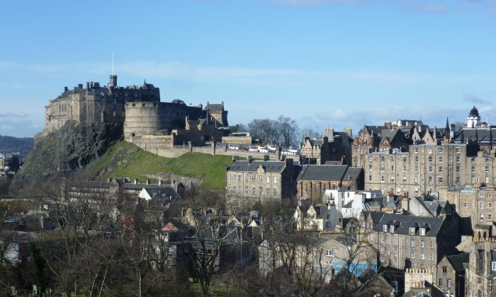 Edinburgh Castle and part of the Old Town. (Kim Traynor/Public Domain)