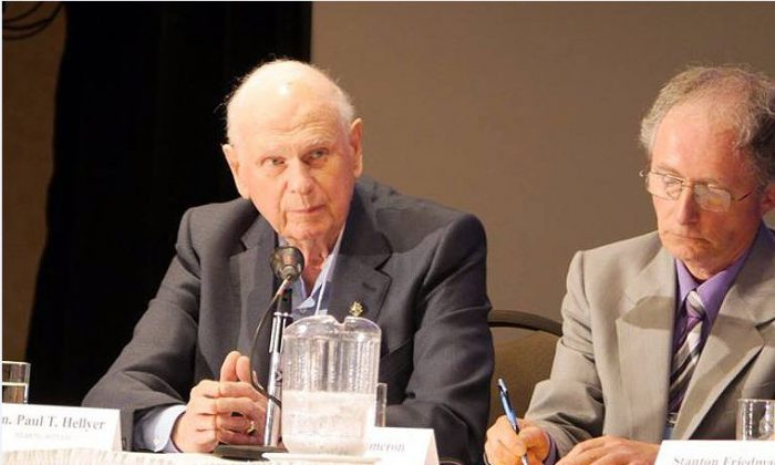 Hon. Paul Hellyer at an unidentified aerial phenomena (UAP) disclosure hearing in Brantford, Canada, on June 25, 2016. (Courtesy of Zland Communications)