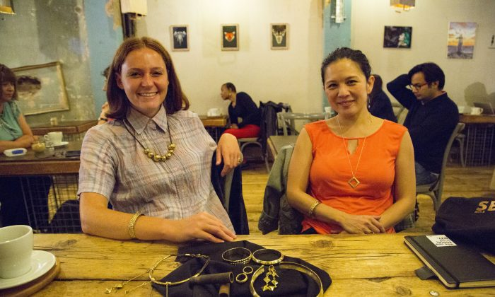 Reclaiming beauty from discarded bullet cases and bomb shells: jewellery designer Lucy Georgeson and ethical fashion brand founder Taeko Ohyama (Si Gross/Epoch Times)